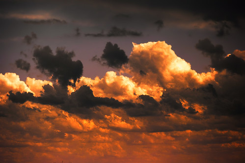 [フリー画像] 自然・風景, 空, 雲, 夕日・夕焼け・日没, 201104051700