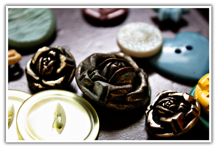 AntiqueButtons