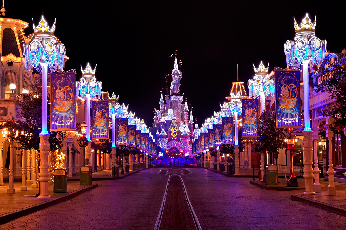Disneyland Main Street Wallpaper