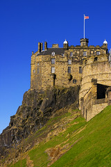 Edinburgh Castle (albireo 2006) Tags: uk greatbritain blue castle wow scotland edinburgh day edinburghcastle alba unitedkingdom britain clear soe shieldofexcellence