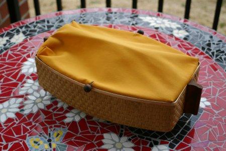 Vintage Mustard Bun Warmer