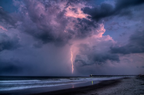 Lightning and Pier HDR2