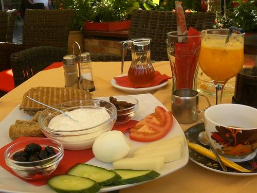 cretan breakfast