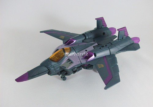 Transformers Skywarp Animated Voyager - modo alterno