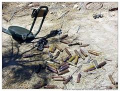 030501_Armamento y municiones_014 (Doctor Canon) Tags: 2003 aniversario dessert persian war gulf military iraq after desierto despues golfo tenyears irak militares armamento armament persico irakwar tenyearson diezaos jlmera