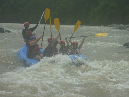 dwa team merla in action davao white water rafting