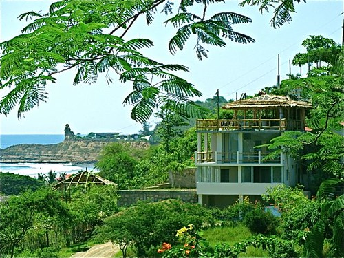 Montanita-ecuador-real-estate