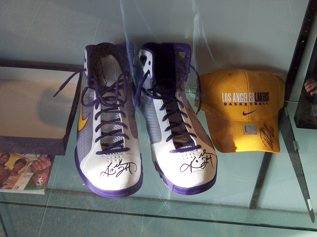 online store 2893c 19d1b 100 2172 (drum881) Tags  california plaza sports hat basketball la nokia  los shoes downtown. Signed ...