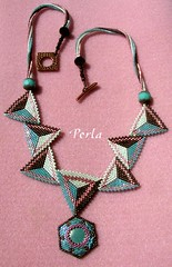 triangles (marinabead) Tags: necklace triangle bijoux peyote rocaille rocailles