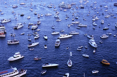 traffic jam harbour (microstockinsider) Tags: boats harbour flotilla welcomgathering