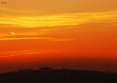 Sunset (by Deva) Tags: ocean light sunset sky sun luz sol praia beach portugal nature water gua clouds boat mar barco natureza cu prdosol nuvens deva costadecaparica