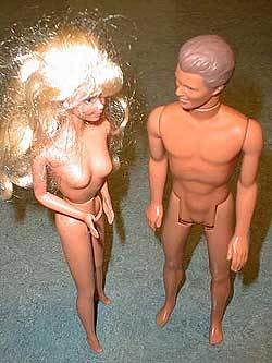 naked_barbie_and_ken