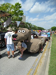 Doggie car (cee emily) Tags: houston artcar artcarparade houstonartcarparade2009