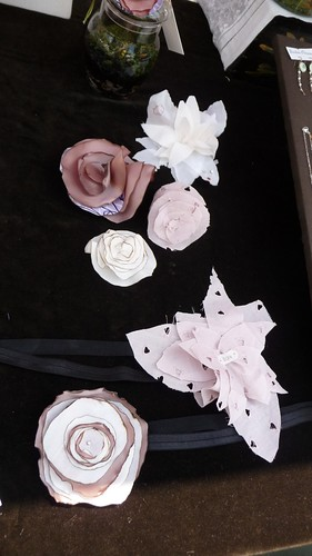 Flower headbands and brooches by Bonbon Oiseau