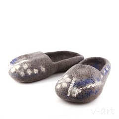 Felted Slippers (<vaida>) Tags: blue home wool felted grey clothing shoes natural felting handmade linen merino fiber minimalistic veltinis slippers lithuanian vilna vaida velta vart lepets petreikiene vilnonis