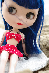 Stella a la playa... (akadoud) Tags: beach tattoo doll rockabilly blythe custom plage tatouage asianbutterfly morganours