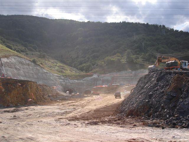 Obras autopista SuperSur Larraskitu