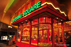 Pershing Square (Rafakoy) Tags: city nyc red ny newyork color station breakfast night digital corner square cafe saturated manhattan central grand american grandcentralstation pershing parkavenue nikond90 aldorafaelaltamirano rafaelaltamirano aldoraltamirano
