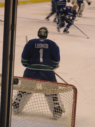 Canucks 039