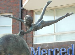 David Wynne - Boy on a Dolphin, front left 2, detail of boy, Cheyne Walk, Chelsea Embankment, London (ketrin1407) Tags: boy sculpture male london statue thames bronze youth nude energy chelsea dynamic dolphin vigour chelseaembankment davidwynne