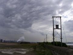 Apocalypse now (Nekoglyph) Tags: sky cloud storm port teesside tees southgare therebeastormabrewin