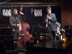 photo of John Lester and Theo Travis live at the 606 jazz club