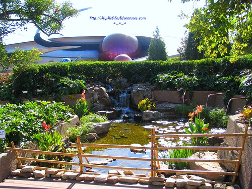 IMG_0612-water-feature-near-Mission-Space