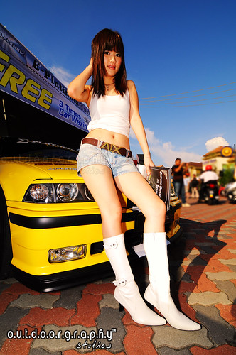Autocity Carnival Babe #2