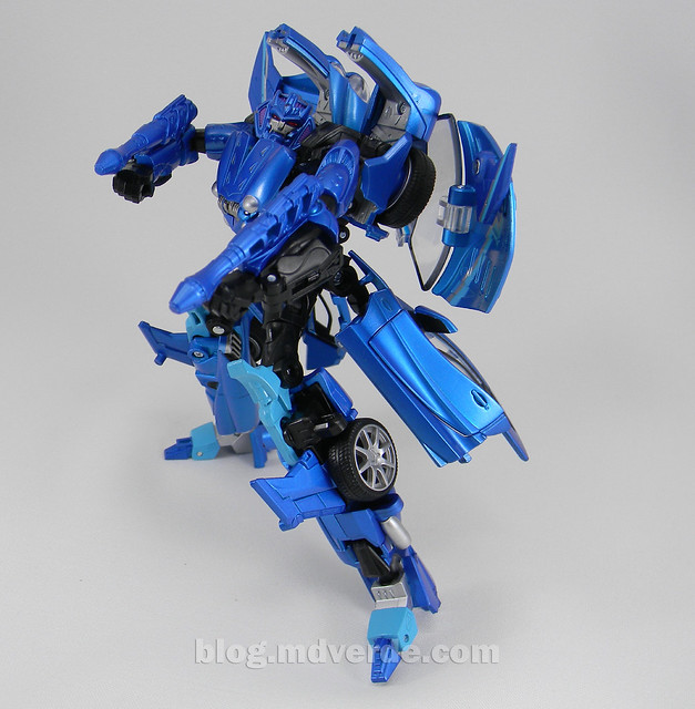Transformers Thundercracker Alternity - modo robot