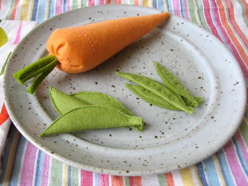 Felt Peas and Carrot