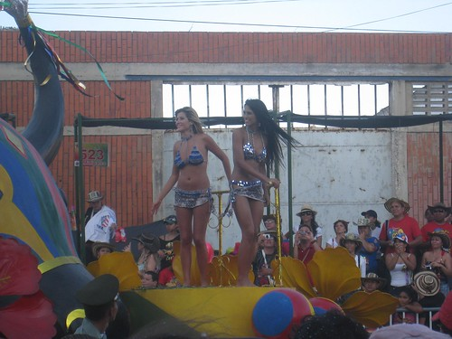 What would Carnaval be without beautiful Colombians!