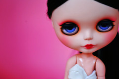 Mangá (r e n a t a) Tags: pink macro cute canon doll rosa plastic geisha kawaii blythe ブライス boneca custom takara plástico gueixa customizada extrahands pureneemobody elianasaito lilitix custombylilitix