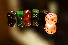 enlighted (longyan79) Tags: 2 6 3 dice gambling macro reflection 1 mirror dof 5 spiegel 4 row illuminated line depthoffield dices cube m42 cubes makro gamble reflexion wrfel schlange lined aligned reihe d90 glcksspiel   spielwrfel  aufgreiht longyan79