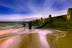 Last Light (dan barron photography - landscape work) Tags: uk longexposure sunset cloud seascape beach landscape jetty trails northumberland blend groynes sigma1020mm nikond90 danbarron