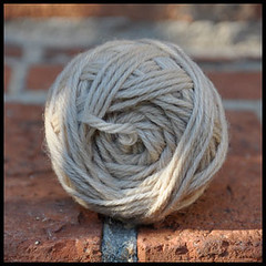 Coffee-dyed yarn