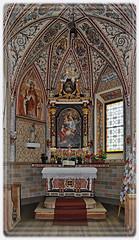 La Valle, Wengen, La Val (Loc. Tolpei, interno della chiesetta di Santa Barbara) (cicrico) Tags: laval wengen dolomiti bolzano altoadige lavalle valbadia gadertal