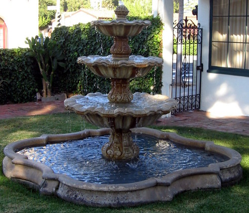 Orena Fountain