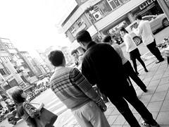 look back... :)? (YENTHEN) Tags: street dog taiwan taipei yenthen