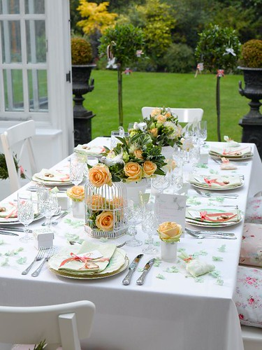 Enchanted Garden table setting por ConfettiNetwork.