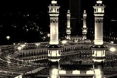 (Ghadeer Q) Tags: blackandwhite bw night contrast canon photography asia islam religion middleeast mosque muslims saudiarabia mecca masjid kaaba  omra canon24105      ghadeerq