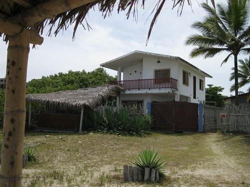 montanita-ecuador-beach-property