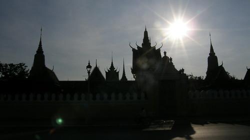 074.銀塔(Silver Pagoda)的剪影