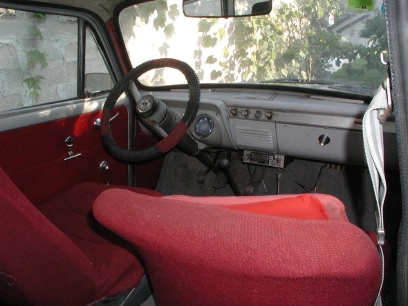 1960 Ford Prefect: Internal view