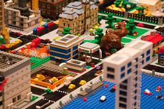 IMG_0117 (sdevine) Tags: microscale micropolis twinlug brickworld2009