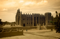 MAL045 (vicentemendez.com) Tags: africa market mosque mercado mezquita mali djenee