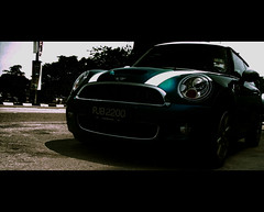 desirable & irresistable (alif  mim  ya  nun) Tags: car little small mini cooper sporty kereta irresistable desirable