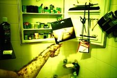 LomoInLomo (/amf) Tags: brazil green film yellow brasil fur bathroom photo lomo xpro furry saopaulo arm kodak cosina knife harry freak braco ektachrome top20lomo banheiro pelo cosinacx2 cx2 kodakektachrome analogic peludo top20xpro notedited e100sw 0094 lomoinlomo 009434