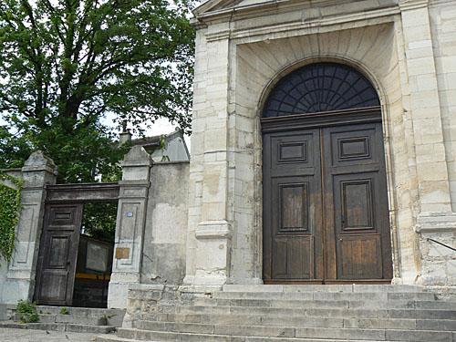 deux portes.jpg