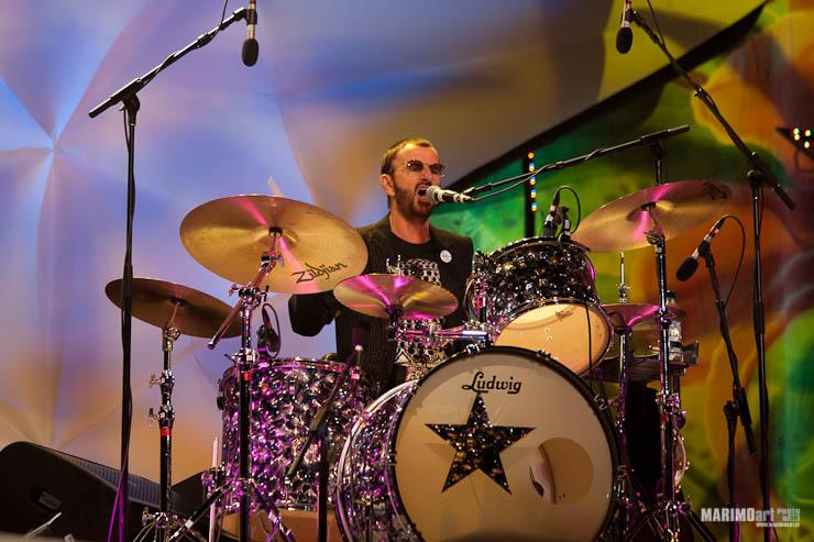 Ringo Starr Concert in Riga 2011-20.jpg