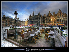Grand place @ Brussels, Belgium :: HDR (Erroba) Tags: houses brussels photoshop canon rebel europe belgium belgique grandplace terrace tripod belgië bruxelles sigma tips remote 1020mm erlend brussel terras hdr grotemarkt cs3 3xp photomatix medeivel tonemapped tonemapping xti 400d erroba robaye erlendrobaye
